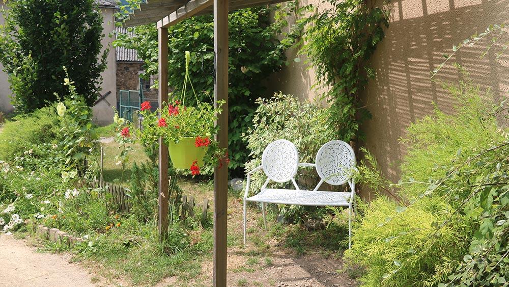 Jardin extérieur - EHPAD Les Galets d'Olt à Saint-Côme d'Olt
