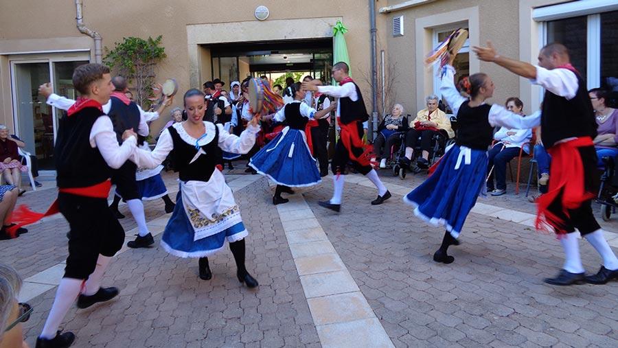 Journée spectacle - EHPAD Les Galets d'Olt à Saint-Côme d'Olt